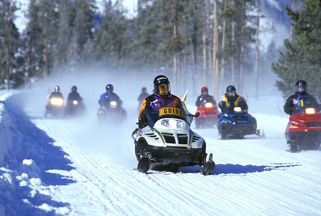 Easy and relaxed snowmobile ride in pregnancy situation