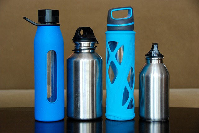 Water bottles for snowmobiling for pregnant women