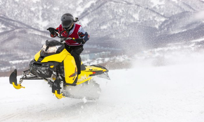 bets snowmobile helmet with heat and ventilation