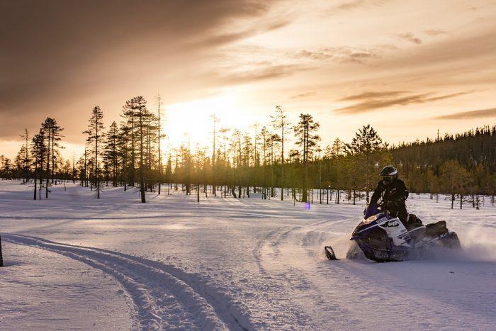 snowmobile carbides in ski